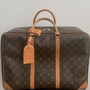 🧳Louis Vuitton Sirius 45 Soft-Sided Carry On